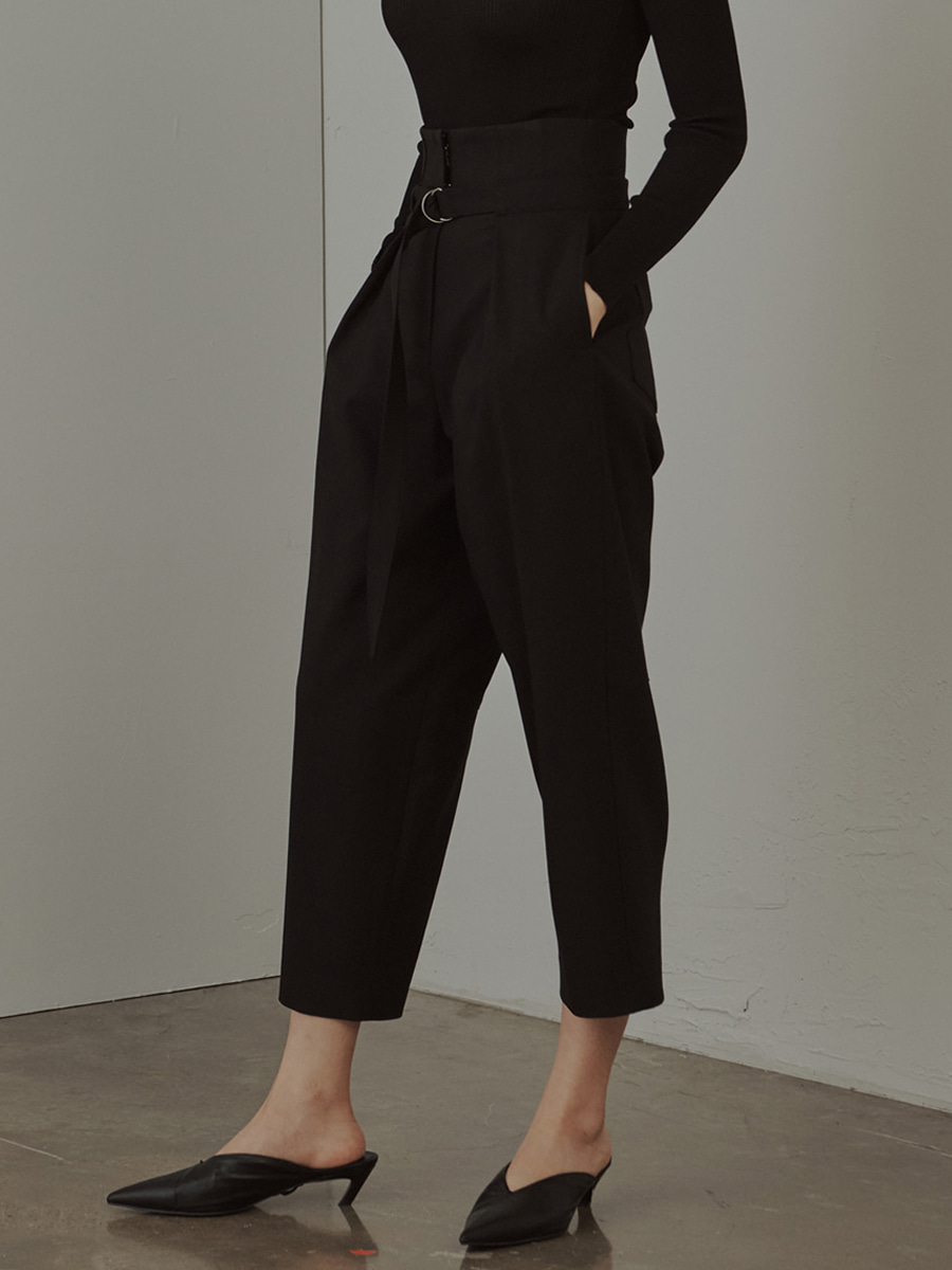 High Rise Wool Blend Tapered Trousers (블랙)